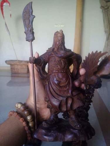 Kwan Kong Agarwood Sculpture
