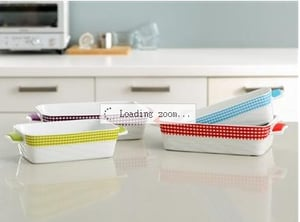 Wavy Square Baker With Silicone Handles