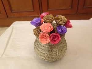 Paper Quilled Roses with Decorative Earthen Pot