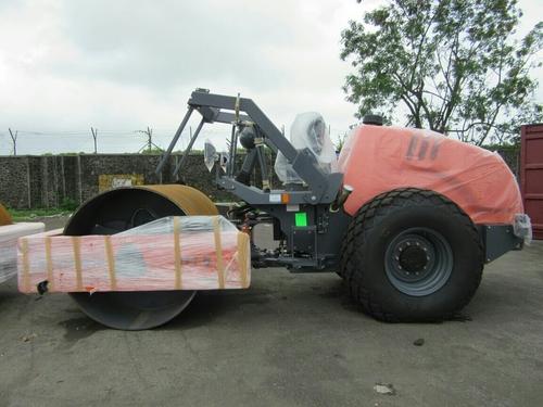 Heavy Duty Single Drum Soil Compactor in  Jamia Nagar