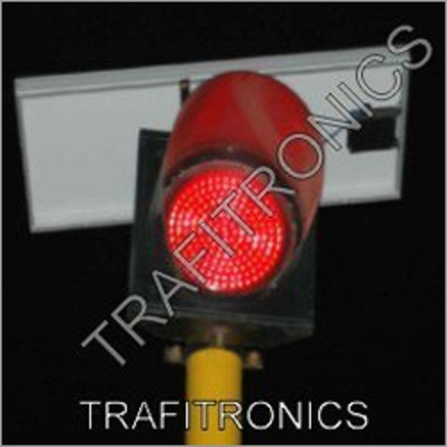 Solar Power Traffic Lights in  Nigdi