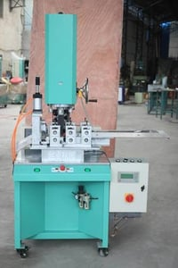 Automatic Welding And Cutting Sponge Cloth Machines