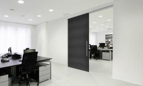 Woodslide 100 Linear door system