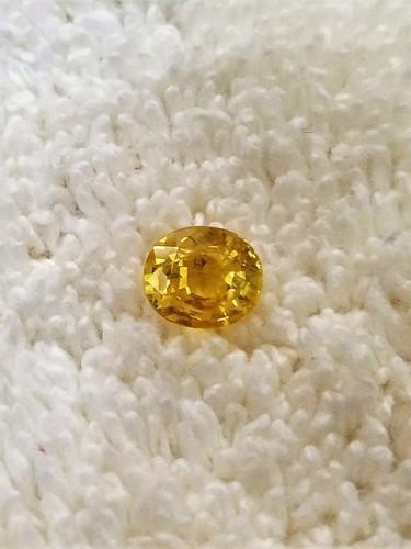 Yellow Sapphire (Pukhraj) Gemstones