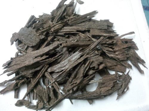 Natural Agarwood Chips