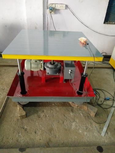 Material Lifting Table (Screw Jack Model) in  Balanagar