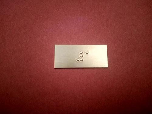 Braille Lift Labels
