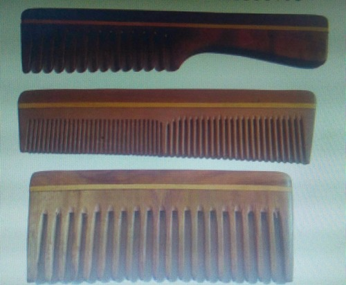 Wooden Hair Comb in  Barrackpore