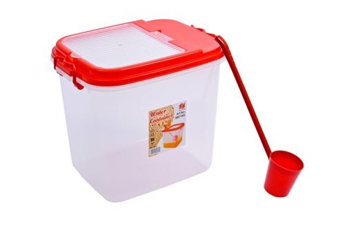Plastic Business Uses Water Dispenser