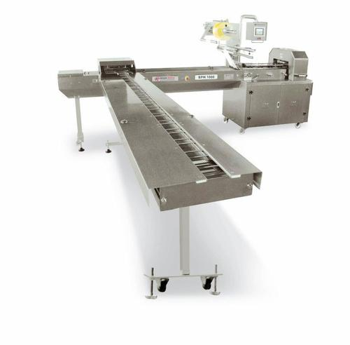 BPM1000 Biscuit Packaging Machine With Side Feeding System
