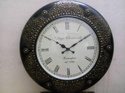 Traditional Brass Finish Wall Clock