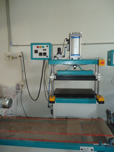 Paratha Double Flattening Machine