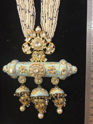 Kundan Meena Fashionable Pendant