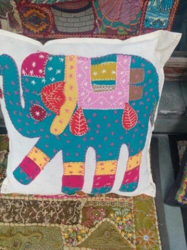 Elephant Figure Patch Cushion Cover