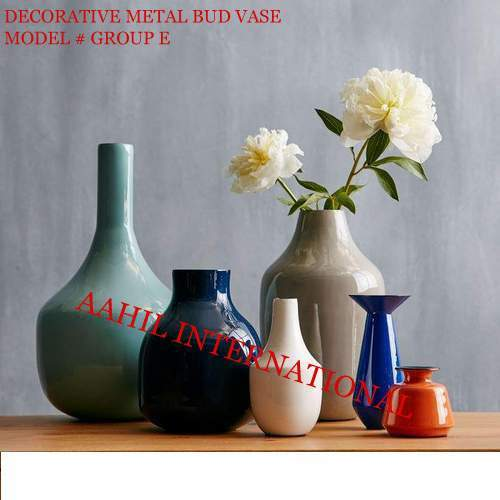 Decorative Metal Bud Vases In Moradabad Uttar Pradesh Aahil
