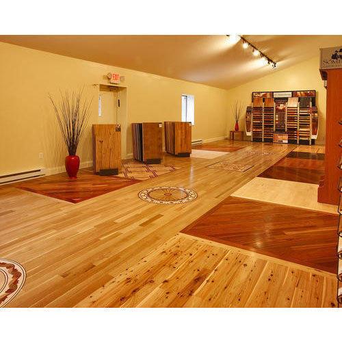 Fine Finished Laminated Wooden Flooring
