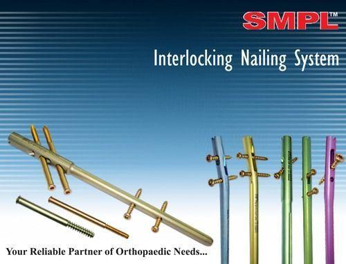 Affordable Interlock Nails With Unique Design