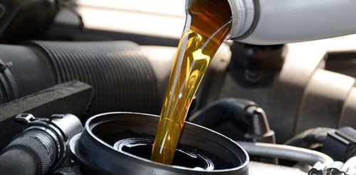 Quality Tested Engine Oil