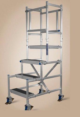 Durable Aluminium Podium Scaffolding