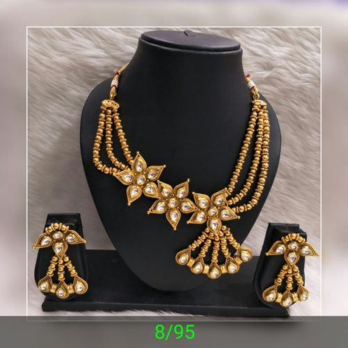 Designer Polki Necklace Set in  Pawane