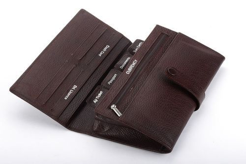 Reliable Cheque Book Holder
