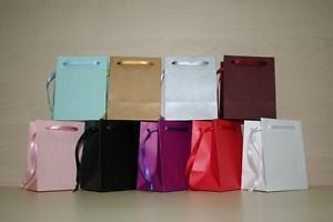 Commendable Designed Gift Bags