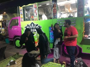 Customized Commercial Food Truck