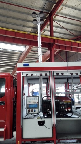 7.6m Pneumatic Telescopic Mast Light Tower For Fire Truck Lighting