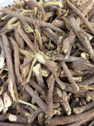 Hand Cut Licorice Roots