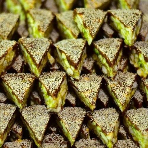 High Quality Kaju Cutlet Sweet