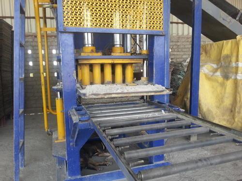 Semi Automatic Block Machine (10 Bricks/Stroke)