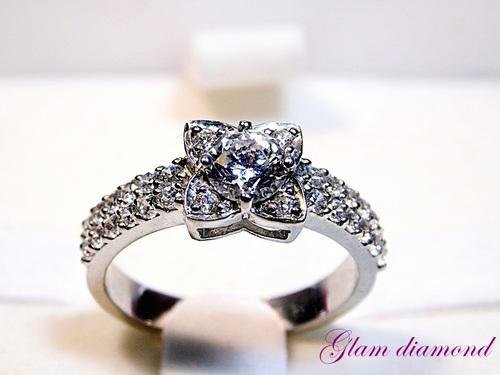 The Flower Vintage Style CZ Diamond Ring