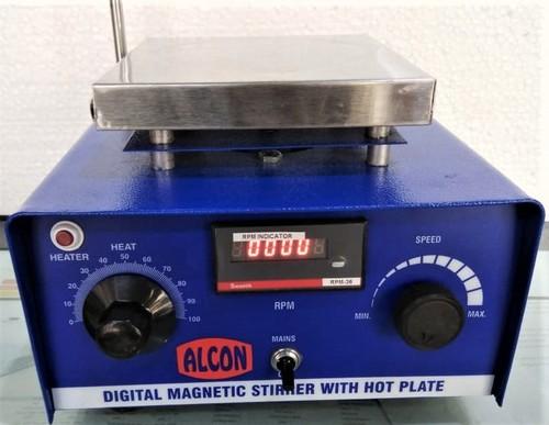 Digital Magnetic Stirrer With Hot Plate