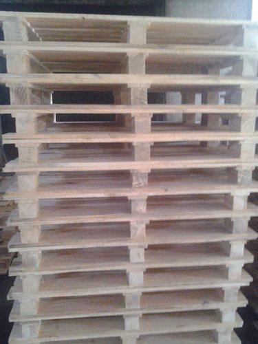 Fine Finish Pine Wood Pallets