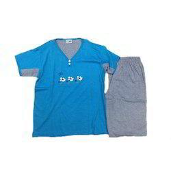 Ladies Designer V Neck T Shirt