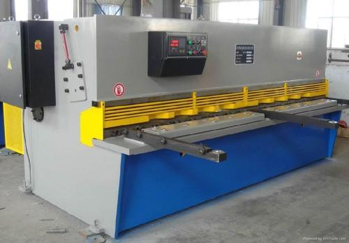 Heavy Duty Plate Shearing Machine