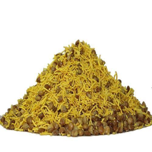 Tasty Kashmiri Dalmoth Namkeen