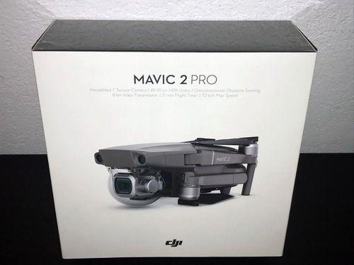 DJI Phantom 4 PROFESSIONAL Drone 4k, 20 Megapixel HD Camera + 1080p
