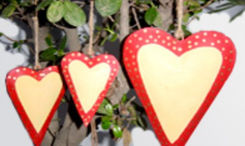 Reliable Hanging Paining Hearts