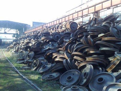 Metal Scrap (HMS 1&2 Scraps And Cast Iron Scraps, Steel Scrap)