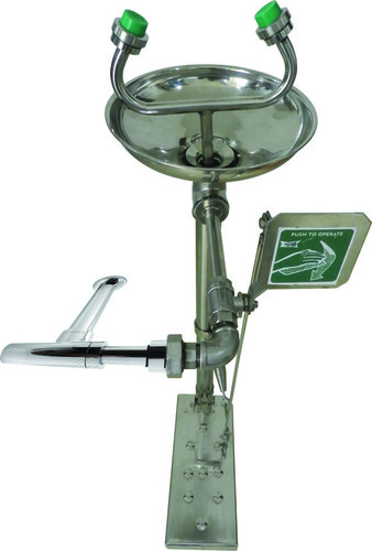 Wall Mounted Eye Wash Station (Hand Operated & Foot Operated)