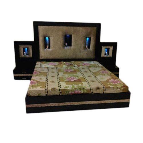 Trendy Wooden Designer Bed