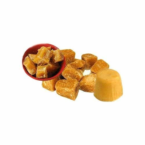 Hygienically Processed Jaggery Sweet