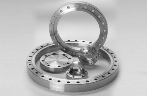 Fixed And Rotatable Cf Flanges