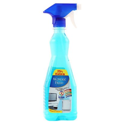 Glass Cleaner And Protector