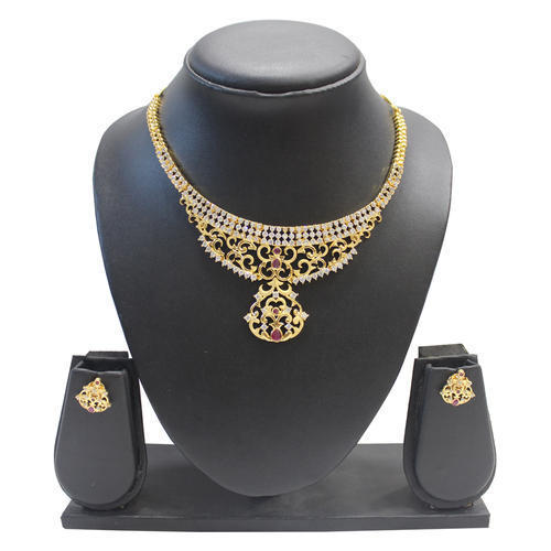 Reliable Stone Studded Necklace