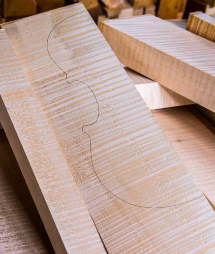 Violin Tonewood (Back, Neck, Ribs And Top) Spruce, Flamed Maple