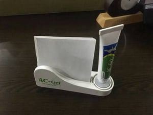 Acrylic Tissue Stand With Tube In Acrylic