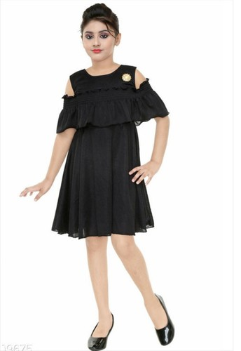 b50763e2d7 Girls Party Wear Frocks In Mumbai, Maharashtra - Dealers & Traders