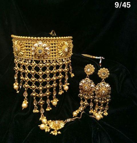 Beautiful Fashion Necklace Set